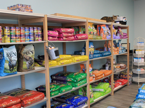 Dirty Dog Depot | Tega Cay, SC | dog and cat grooming and supplies | inside store, dog and cat food